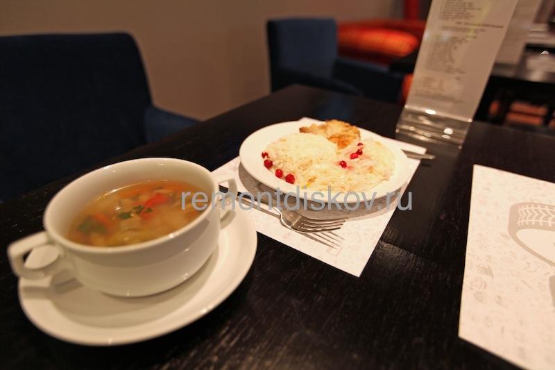 Cafe_Z_7.jpeg.55ac85176179304314178c59b2bbc57b.jpeg