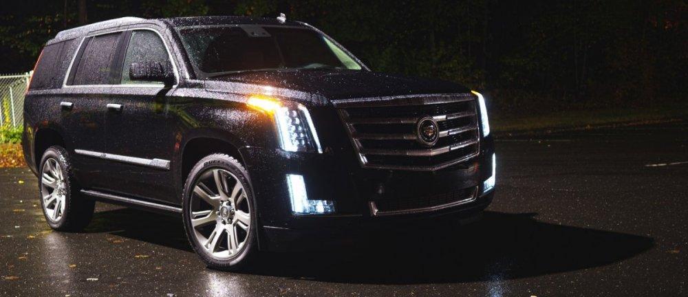 2015-Cadillac-Escalade-10.jpg